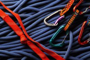 climbing-1-1216567-m